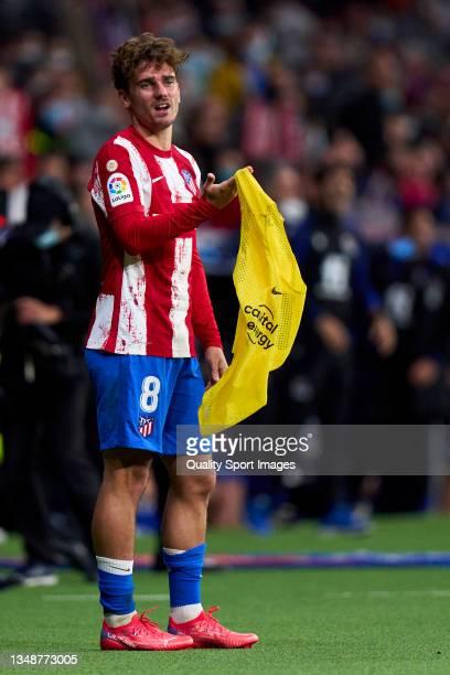 Antoine Griezmann of Atletico de Madrid reacts during the La Liga Santander match between Club Atletico de Madrid and Real Sociedad at Estadio Wanda...