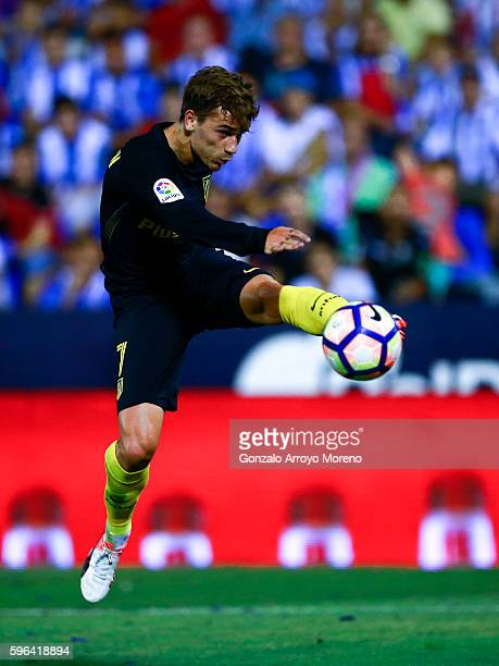 Antoine Griezmann of Atletico de Madrid strikes the ball during the La Liga match between Club Deportivo Leganes and Club Atletico de Madrid at...