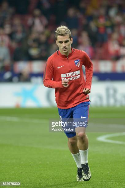 Antoine Griezmann of Atletico de Madrid warms up before the match between Atletico Madrid and Real Madrid as part of La Liga at Wanda Metropolitano...