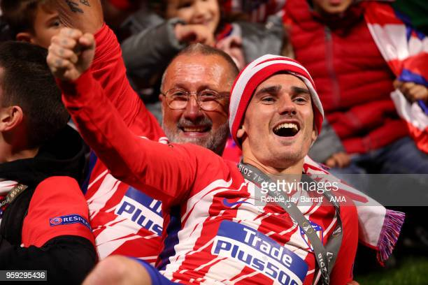 Antoine Griezmann of Atletico Madrid celebrates at the end of the UEFA Europa League Final between Olympique de Marseille and Club Atletico de Madrid...