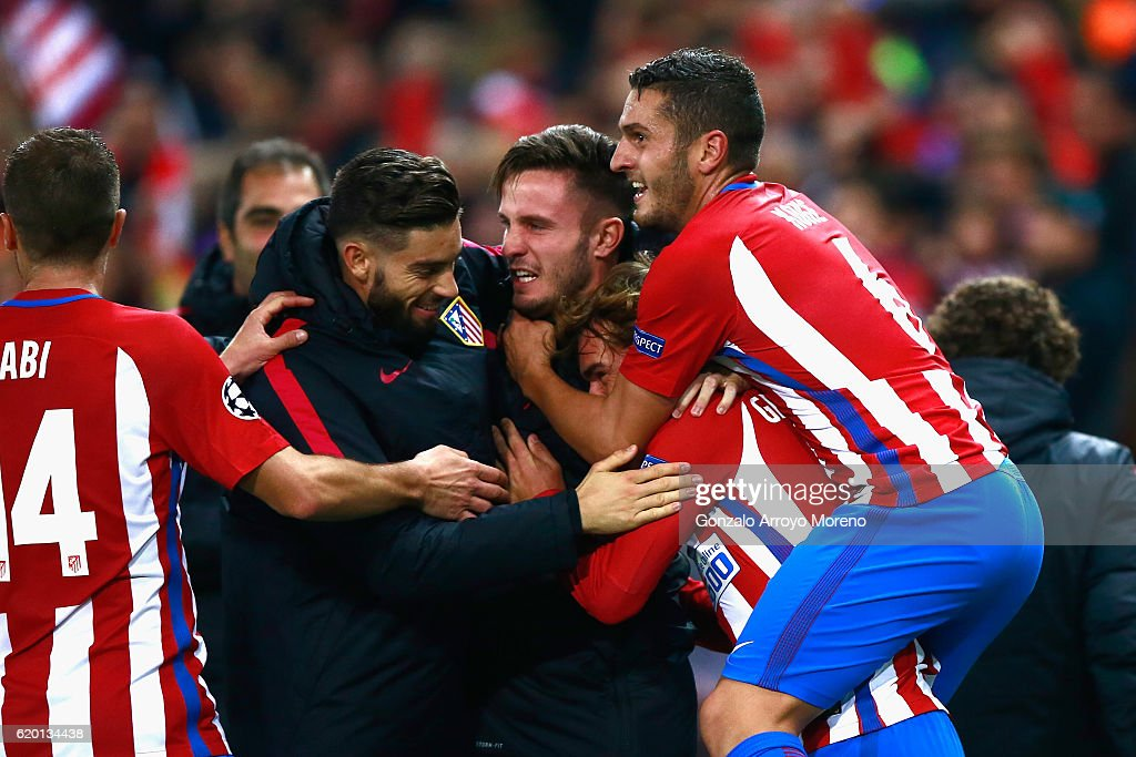 Antoine Griezmann of Atletico Madrid (centre R) celebrates scoring his sides second goal with his Atletico Madrid team mates during the UEFA Champions League Group D match between Club Atletico de Madrid and FC Rostov at Vincente Calderon on November 1, 2016 in Madrid, Spain.