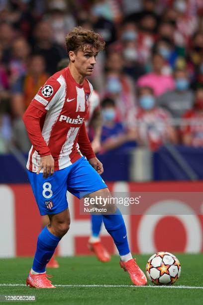 Antoine Griezmann of Atletico Madrid controls the ball during the UEFA Champions League group B match between Atletico Madrid and Liverpool FC at...