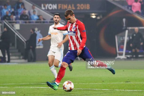 Antoine Griezmann of Atletico Madrid scores a goal during the Europa League Final match between Marseille and Atletico Madrid at Groupama Stadium on...