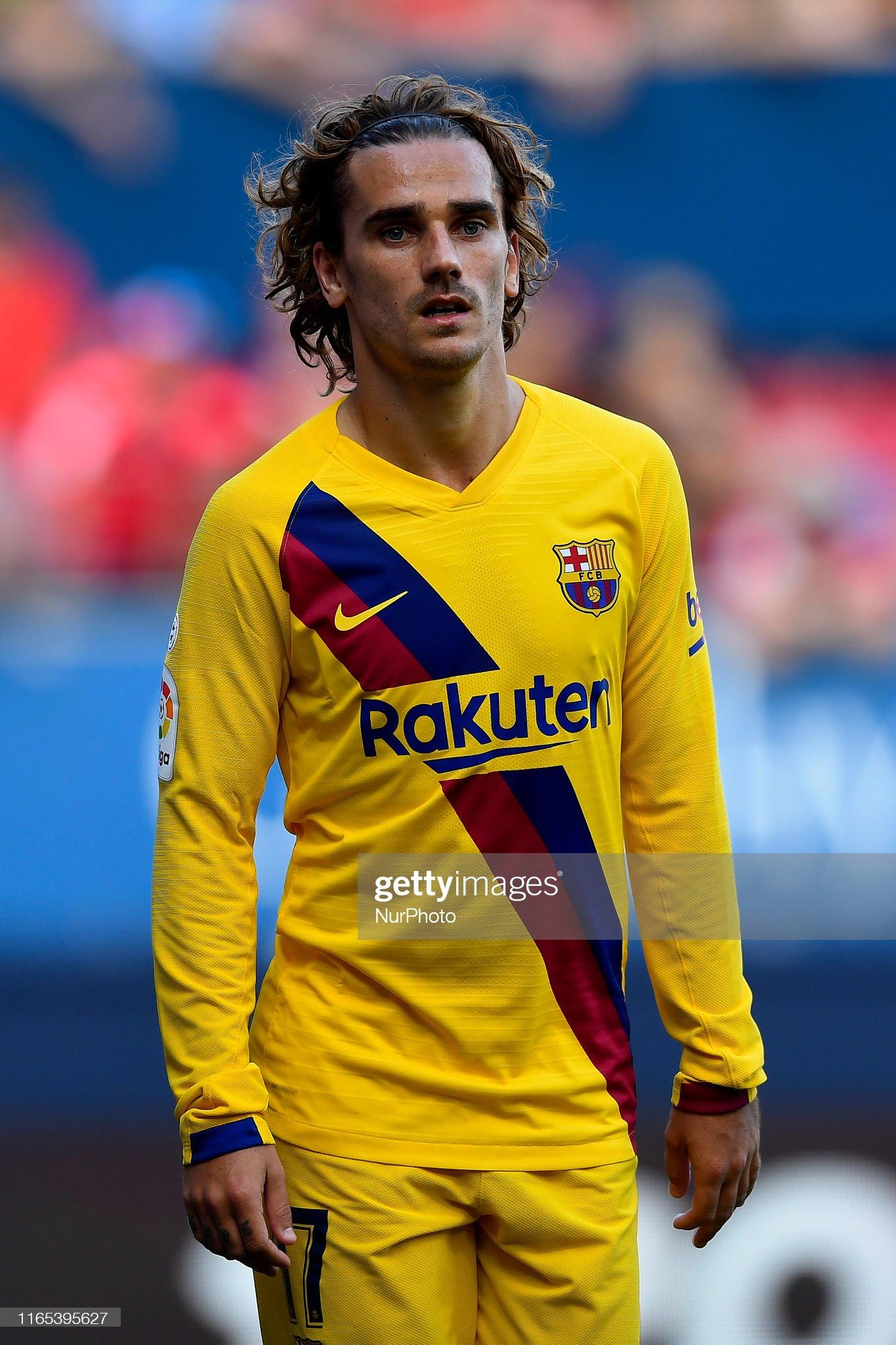 صور مباراة : أوساسونا - برشلونة 2-2 ( 31-08-2019 )  Antoine-griezmann-of-barcelona-during-the-liga-match-between-ca-and-picture-id1165395627?s=2048x2048