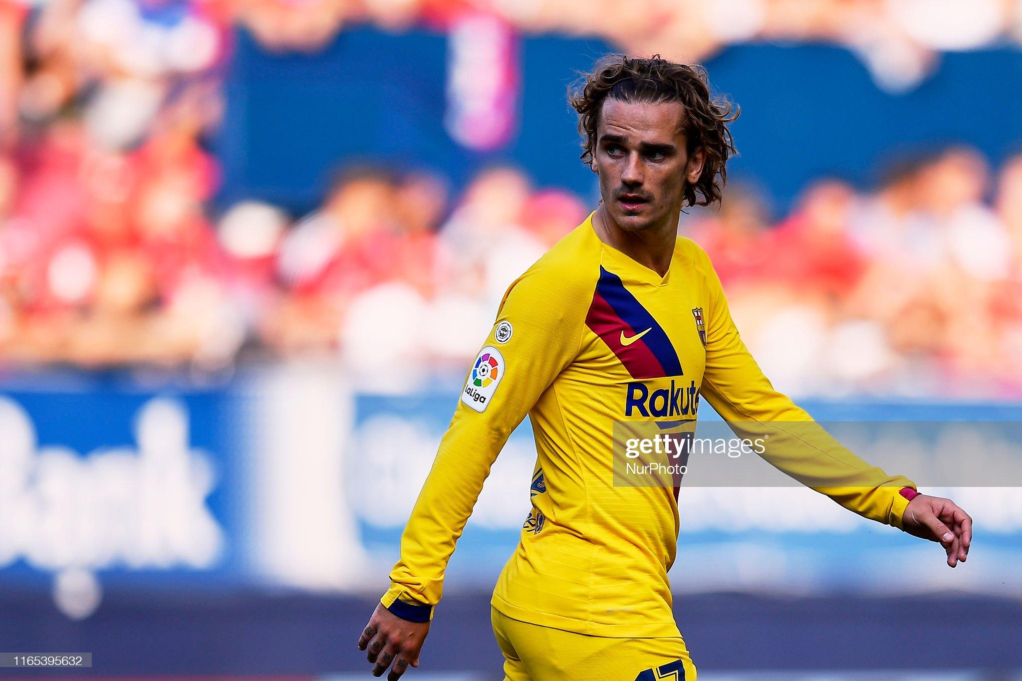 صور مباراة : أوساسونا - برشلونة 2-2 ( 31-08-2019 )  Antoine-griezmann-of-barcelona-looks-on-during-the-liga-match-between-picture-id1165395632?s=2048x2048