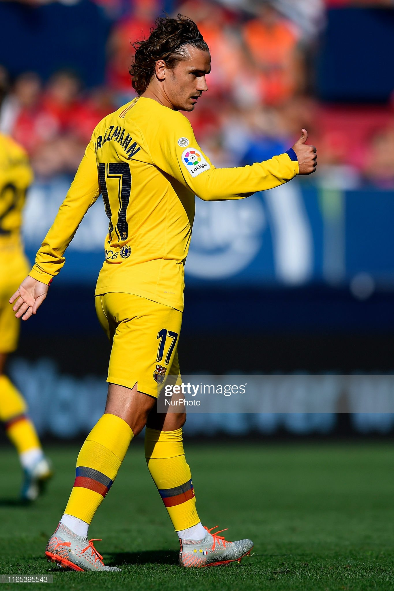 صور مباراة : أوساسونا - برشلونة 2-2 ( 31-08-2019 )  Antoine-griezmann-of-barcelona-reacts-during-the-liga-match-between-picture-id1165395543?s=2048x2048