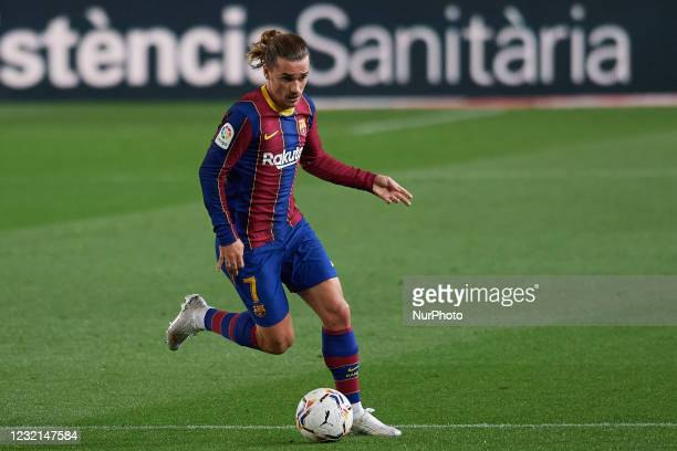 Antoine Griezmann of Barcelona runs with the ball during the La Liga Santander match between FC Barcelona and Real Valladolid CF at Camp Nou on April...