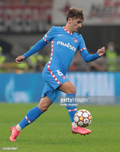 Antoine Griezmann of Club Atletico de Madrid in action during the UEFA Champions League group B match between AC Milan and Atletico Madrid at...