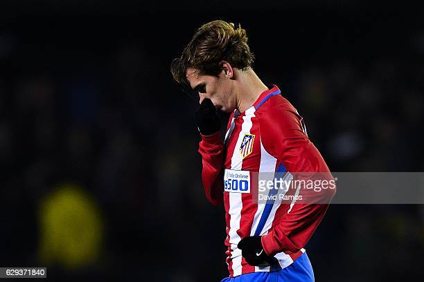 Antoine Griezmann of Club Atletico de Madrid reacts dejected after Roberto Soriano of Villarreal CF scored his team's third goal during the La Liga...