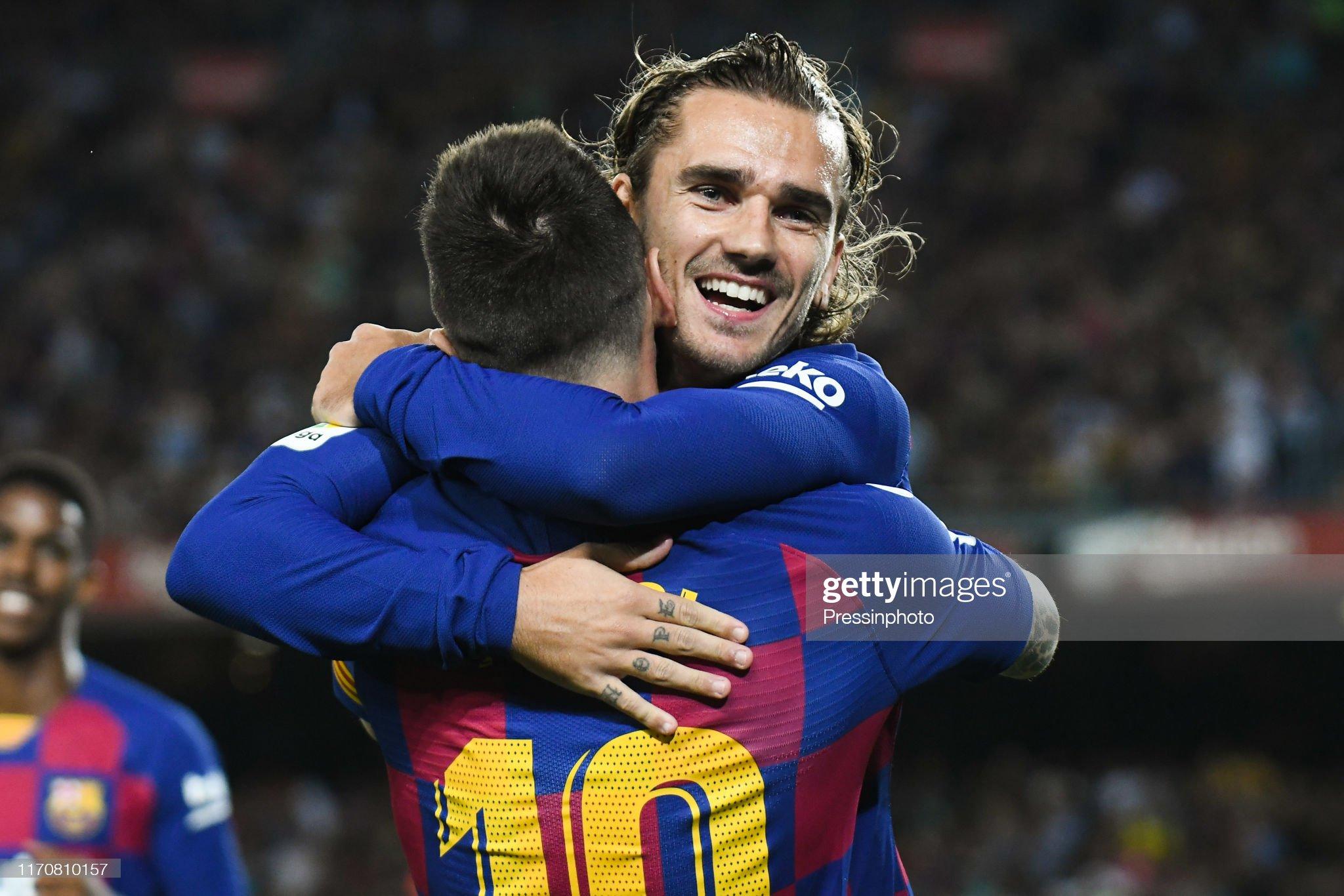 صور مباراة : برشلونة - فياريال 2-1 ( 24-09-2019 )  Antoine-griezmann-of-fc-barcelona-celebrates-his-goal-with-lionel-of-picture-id1170810157?s=2048x2048