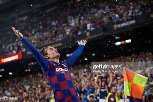 Antoine Griezmann of FC Barcelona celebrates scoring his team's second goal during the Liga match between FC Barcelona and Real Betis Balompie at...