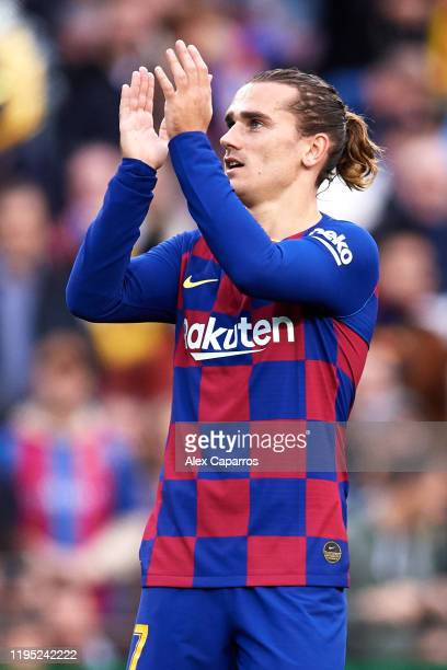 Antoine Griezmann of FC Barcelona celebrates scoring the opening goal during the La Liga match between FC Barcelona and Deportivo Alaves at Camp Nou...