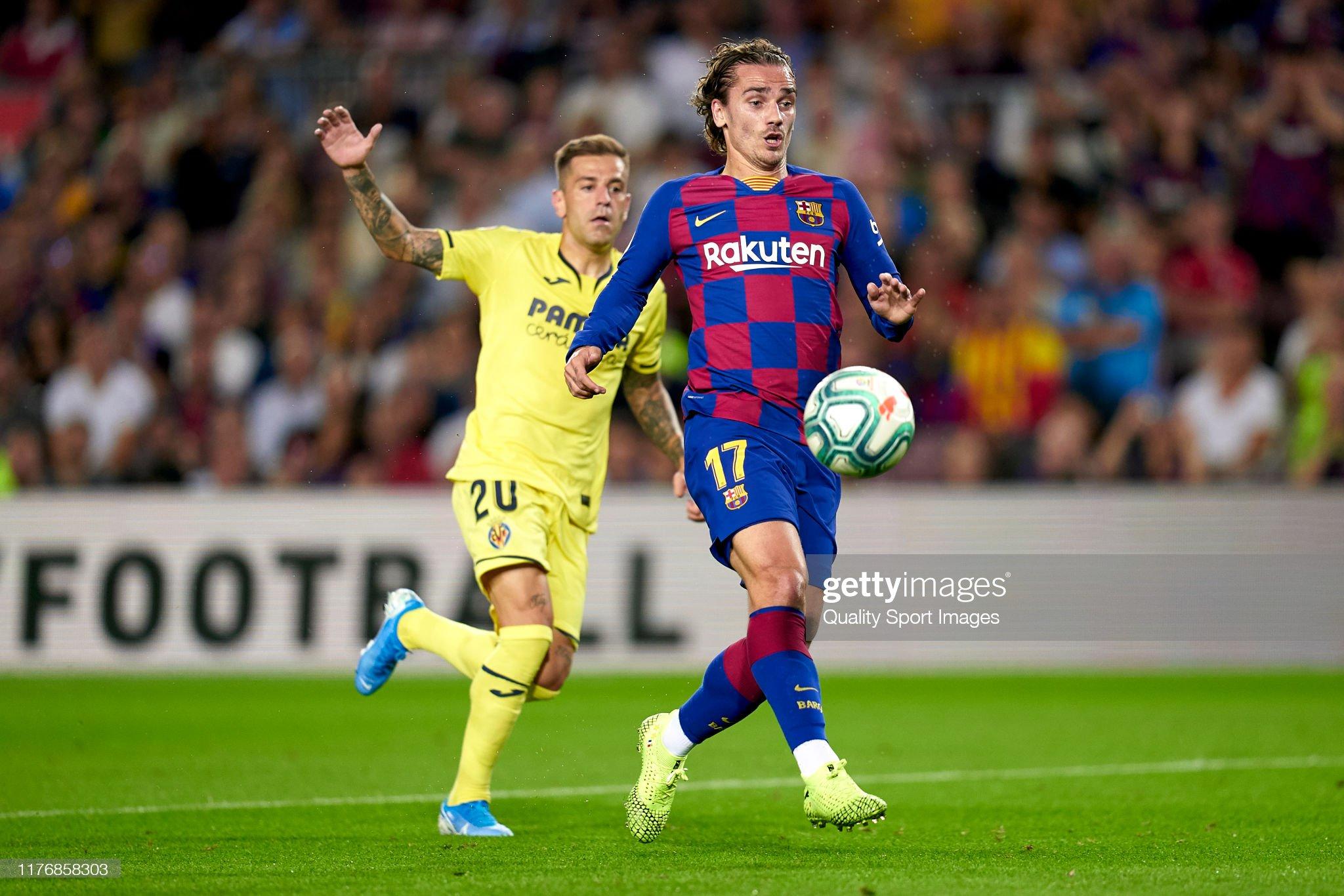 صور مباراة : برشلونة - فياريال 2-1 ( 24-09-2019 )  Antoine-griezmann-of-fc-barcelona-competes-for-the-ball-with-ruben-picture-id1176858303?s=2048x2048