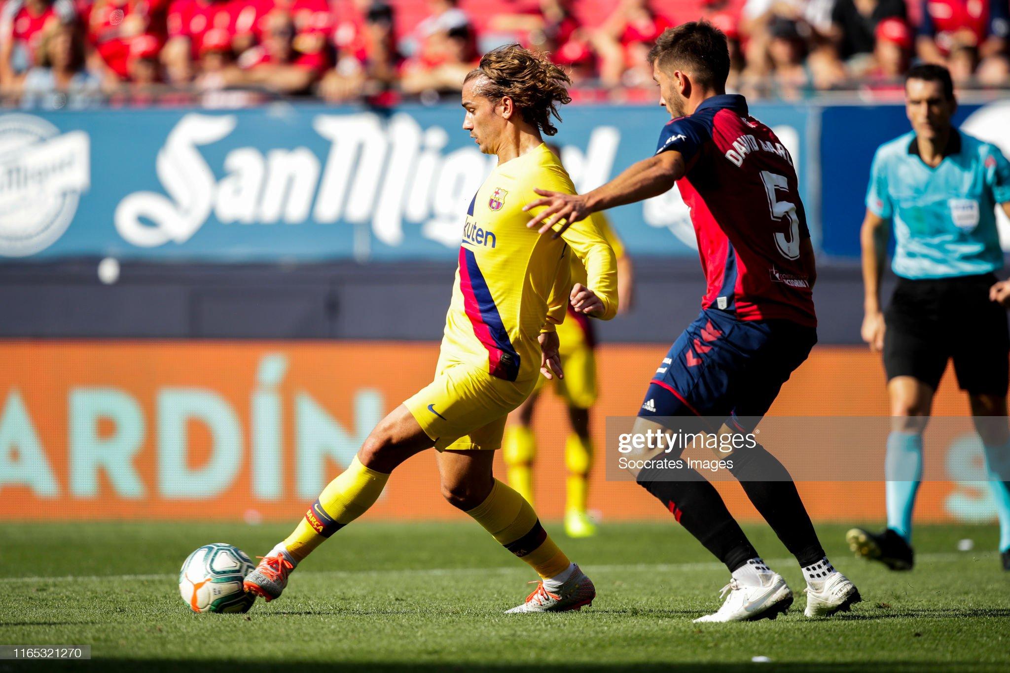 صور مباراة : أوساسونا - برشلونة 2-2 ( 31-08-2019 )  Antoine-griezmann-of-fc-barcelona-david-garcia-of-ca-osasuna-during-picture-id1165321270?s=2048x2048