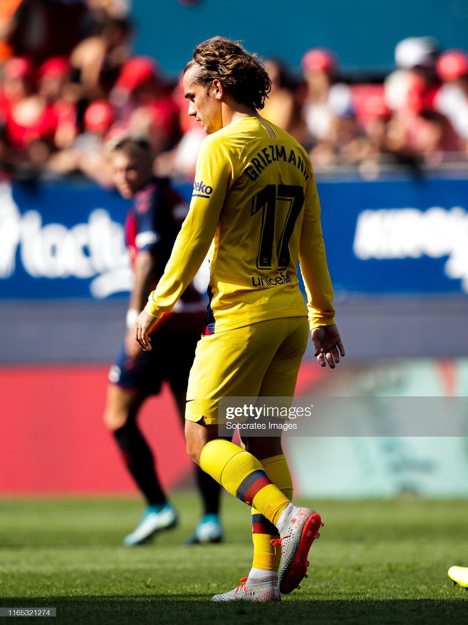 صور مباراة : أوساسونا - برشلونة 2-2 ( 31-08-2019 )  Antoine-griezmann-of-fc-barcelona-during-the-la-liga-santander-match-picture-id1165321274?s=2048x2048