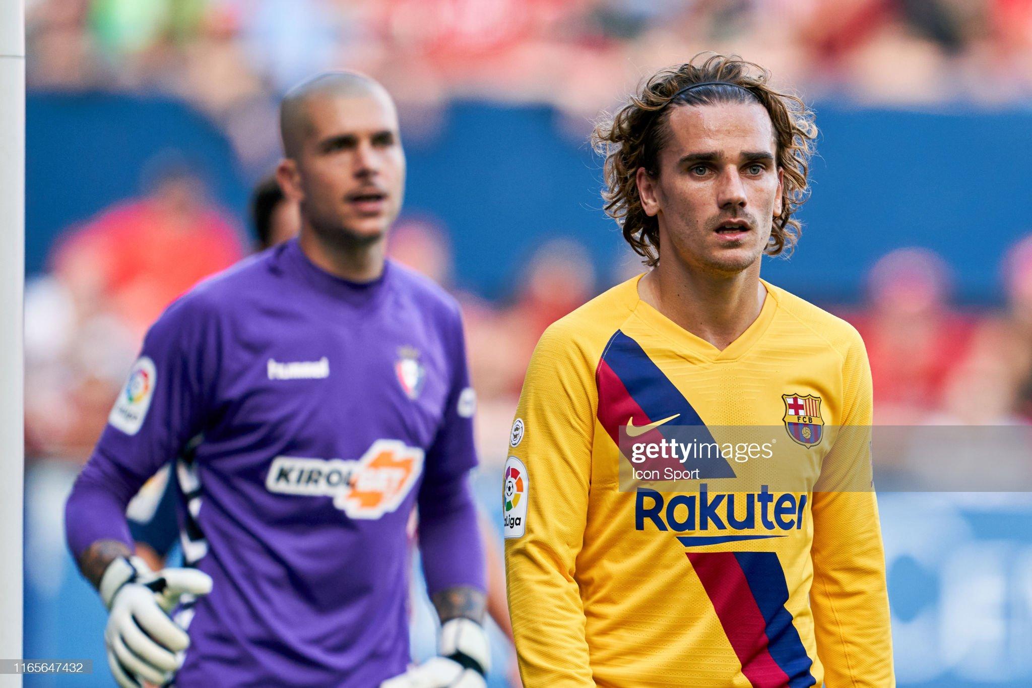 صور مباراة : أوساسونا - برشلونة 2-2 ( 31-08-2019 )  Antoine-griezmann-of-fc-barcelona-during-the-liga-match-between-and-picture-id1165647432?s=2048x2048