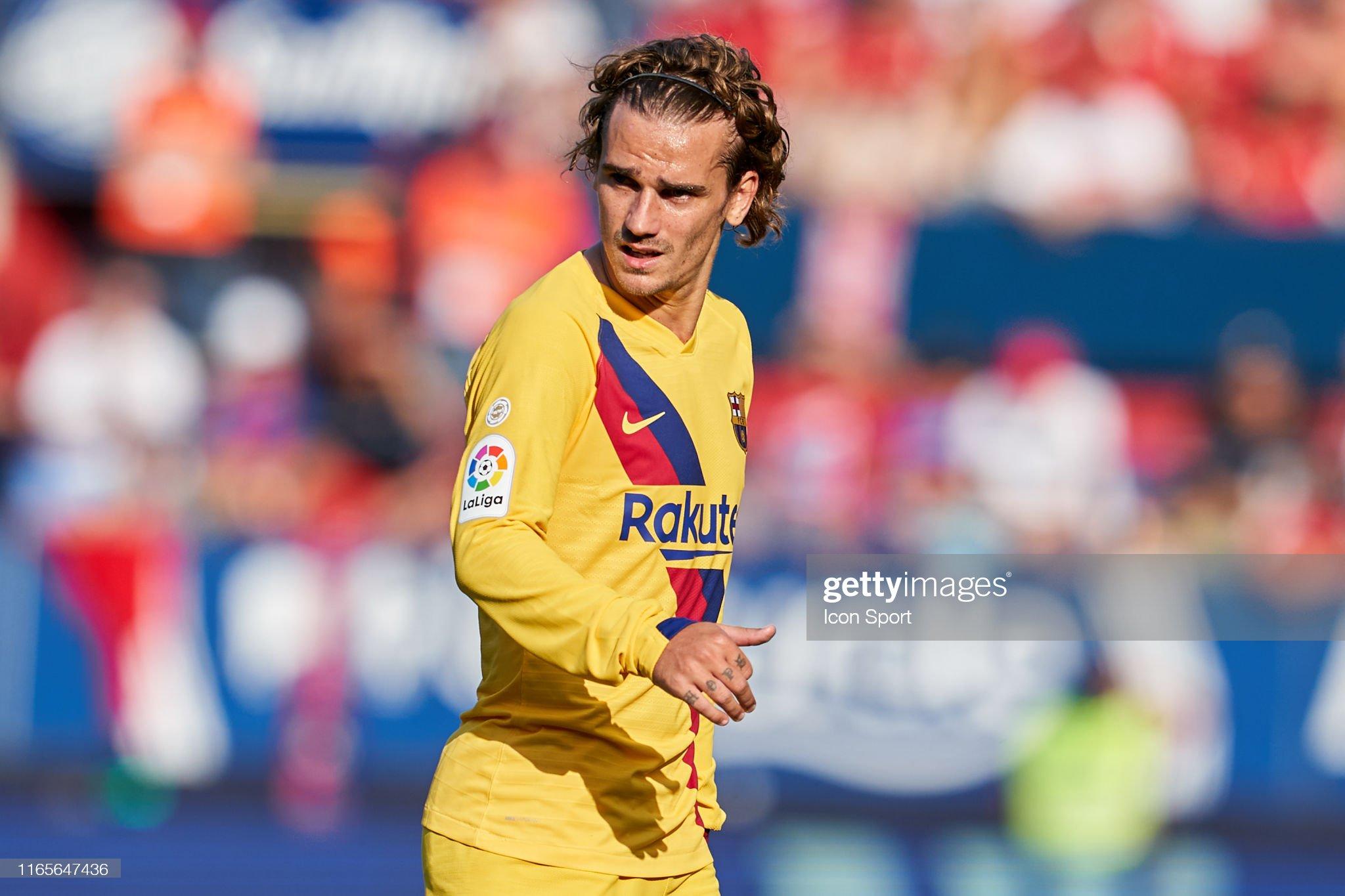 صور مباراة : أوساسونا - برشلونة 2-2 ( 31-08-2019 )  Antoine-griezmann-of-fc-barcelona-during-the-liga-match-between-and-picture-id1165647436?s=2048x2048