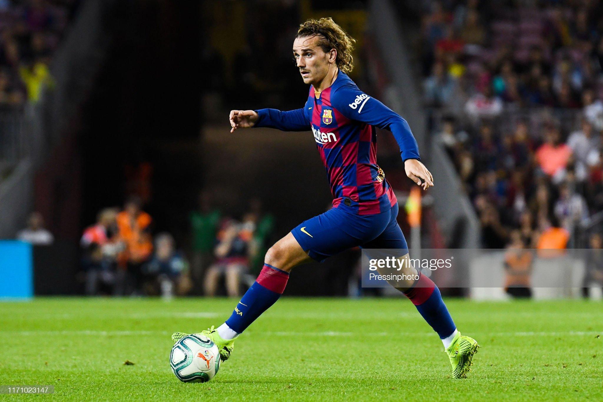 صور مباراة : برشلونة - فياريال 2-1 ( 24-09-2019 )  Antoine-griezmann-of-fc-barcelona-during-the-liga-match-between-and-picture-id1171023147?s=2048x2048