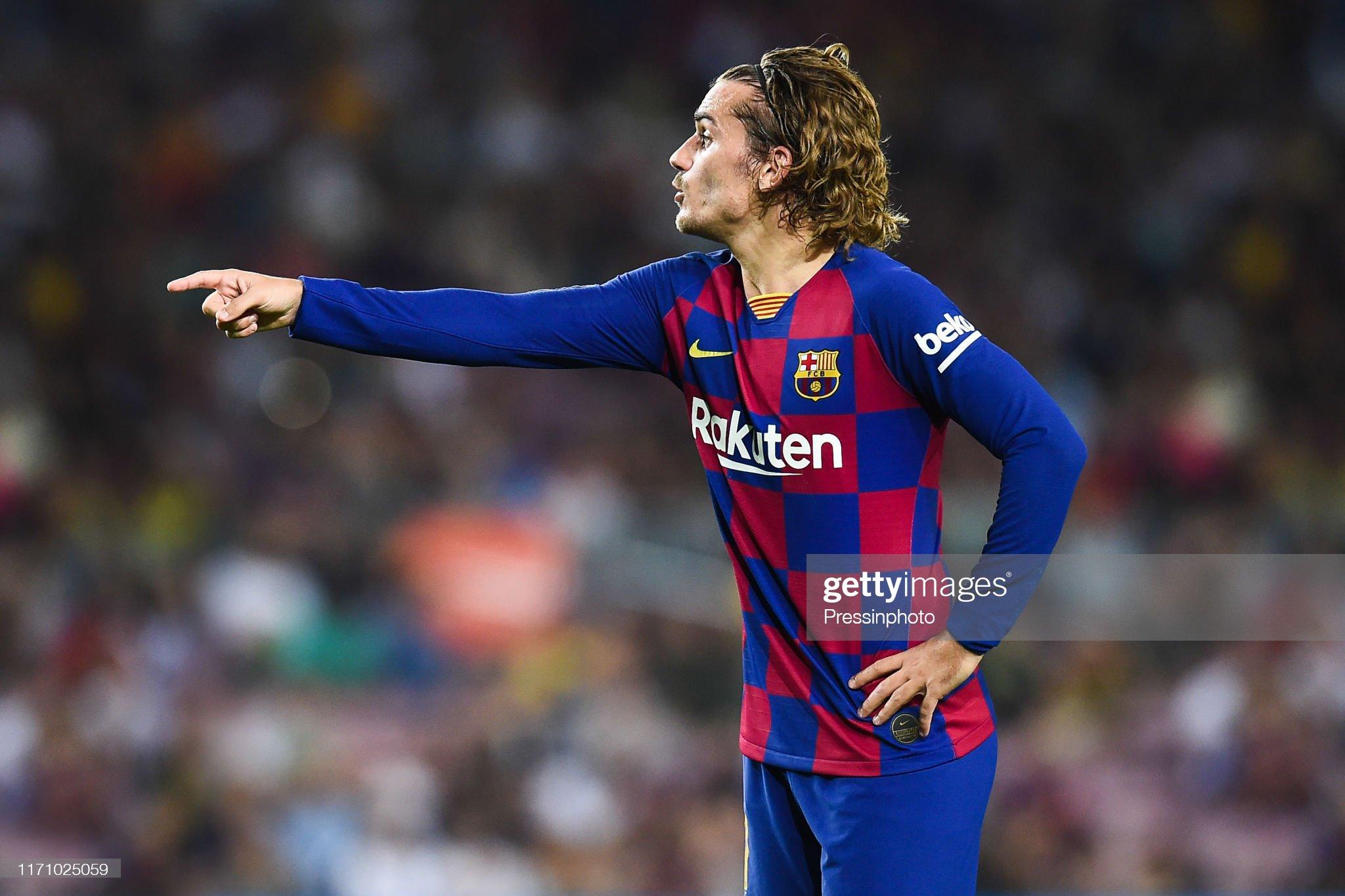صور مباراة : برشلونة - فياريال 2-1 ( 24-09-2019 )  Antoine-griezmann-of-fc-barcelona-during-the-liga-match-between-and-picture-id1171025059?s=2048x2048