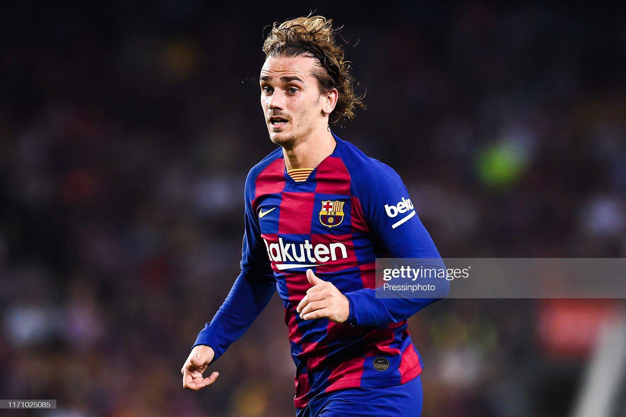 صور مباراة : برشلونة - فياريال 2-1 ( 24-09-2019 )  Antoine-griezmann-of-fc-barcelona-during-the-liga-match-between-and-picture-id1171025085?s=2048x2048