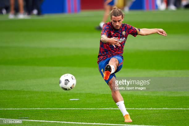 Antoine Griezmann of FC Barcelona during the prematch warm up prior to the Joan Gamper Trophy match between FC Barcelona and Elche CF at Camp Nou on...