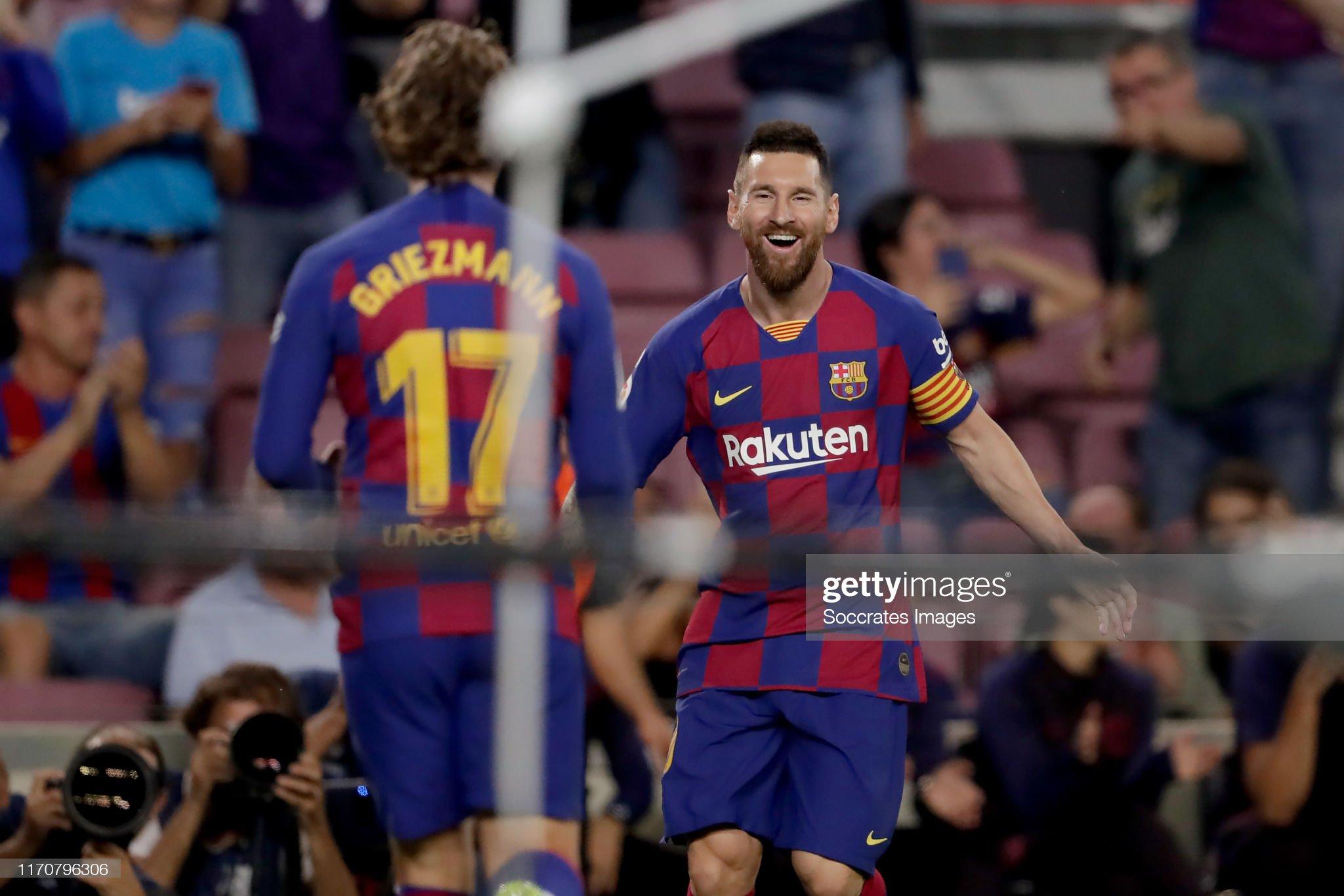 صور مباراة : برشلونة - فياريال 2-1 ( 24-09-2019 )  Antoine-griezmann-of-fc-barcelona-lionel-messi-of-fc-barcelona-10-picture-id1170796306?s=2048x2048