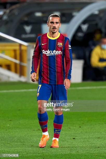 10 374 Griezmann Barcelona Photos And Premium High Res Pictures Getty Images