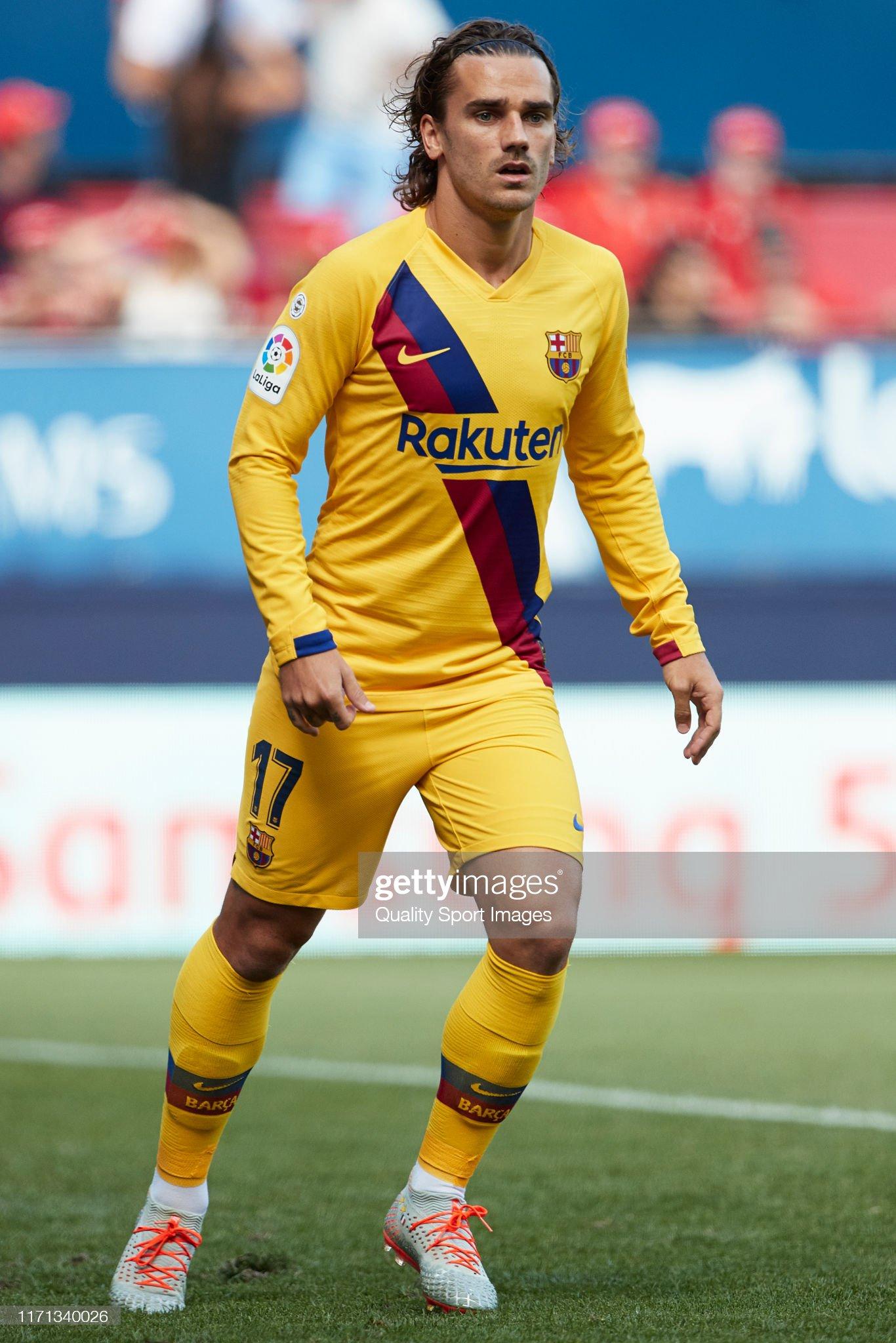 صور مباراة : أوساسونا - برشلونة 2-2 ( 31-08-2019 )  Antoine-griezmann-of-fc-barcelona-looks-on-during-the-liga-match-ca-picture-id1171340026?s=2048x2048