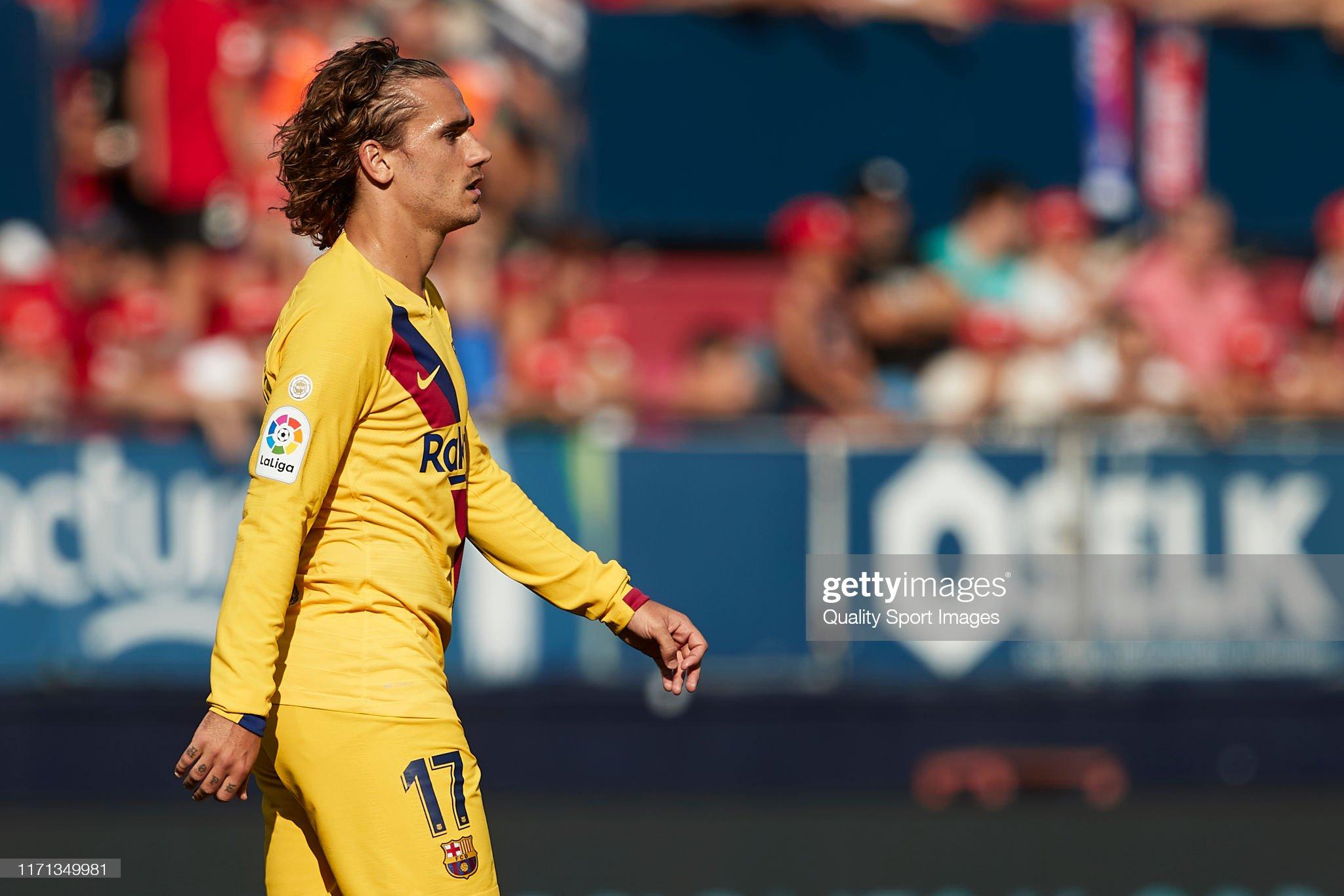 صور مباراة : أوساسونا - برشلونة 2-2 ( 31-08-2019 )  Antoine-griezmann-of-fc-barcelona-looks-on-during-the-liga-match-ca-picture-id1171349981?s=2048x2048