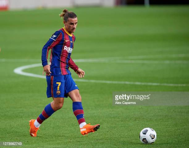 Antoine Griezmann of FC Barcelona plays the ball during the Joan Gamper Trophy match between FC Barcelona and Elche CF on September 19 2020 in...