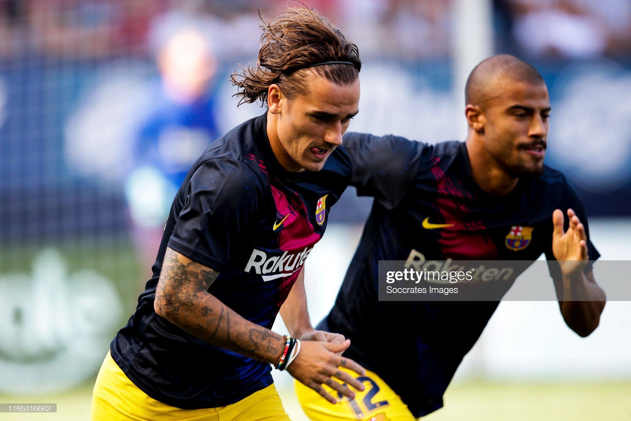 صور مباراة : أوساسونا - برشلونة 2-2 ( 31-08-2019 )  Antoine-griezmann-of-fc-barcelona-rafinha-of-fc-barcelona-during-the-picture-id1165316662?s=2048x2048