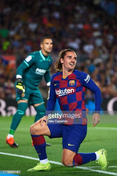Antoine Griezmann of FC Barcelona reacts during the Liga match between FC Barcelona and Villarreal CF at Camp Nou on September 24, 2019 in Barcelona,...