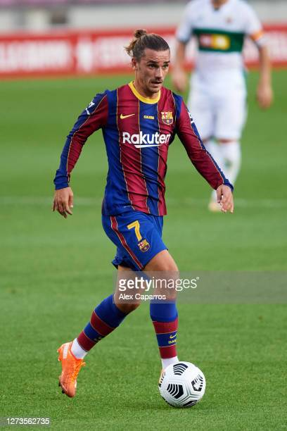 Antoine Griezmann of FC Barcelona runs with the ball during the Joan Gamper Trophy match between FC Barcelona and Elche CF on September 19 2020 in...