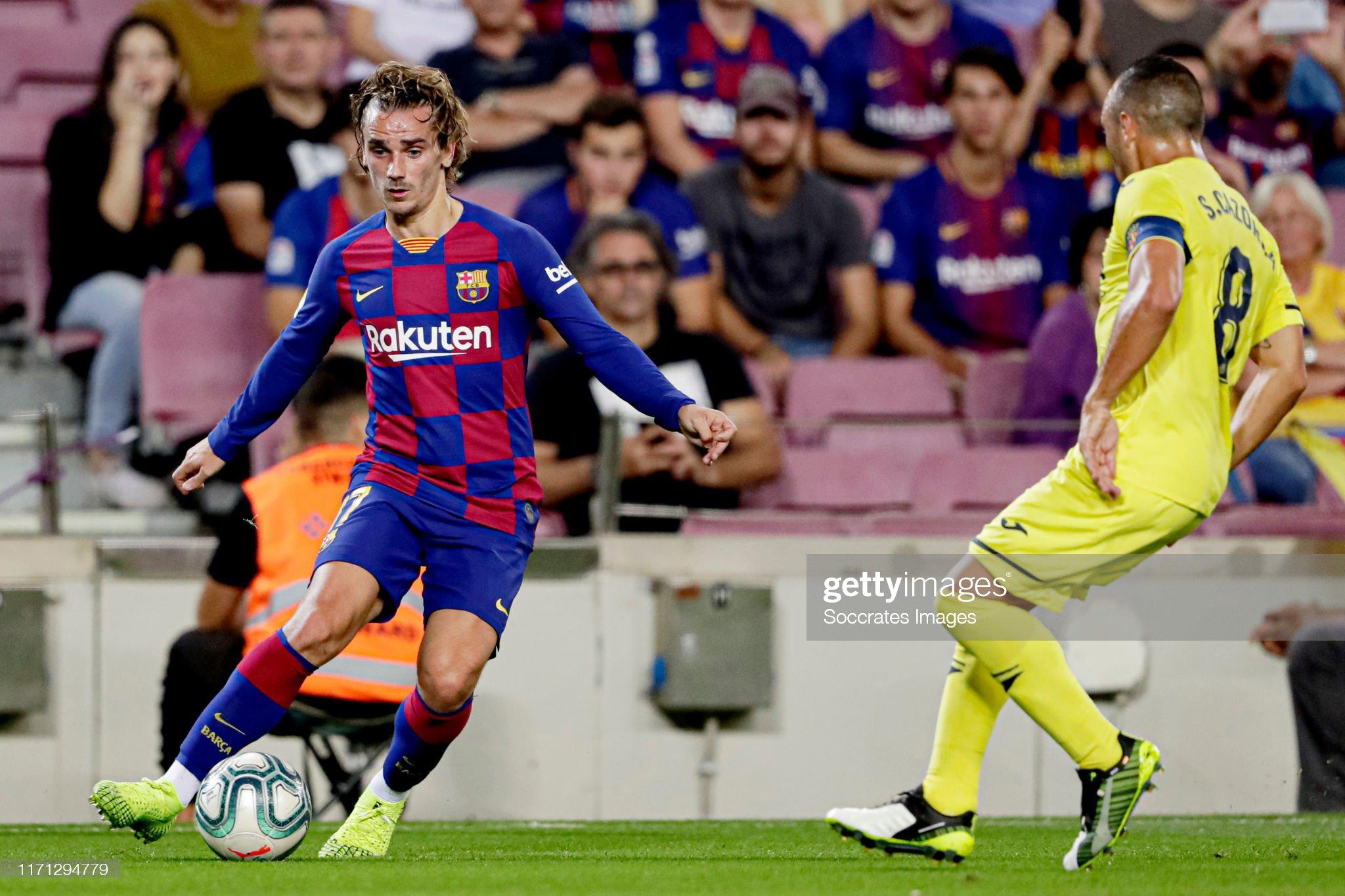صور مباراة : برشلونة - فياريال 2-1 ( 24-09-2019 )  Antoine-griezmann-of-fc-barcelona-santi-cazorla-of-villarreal-during-picture-id1171294779?s=2048x2048