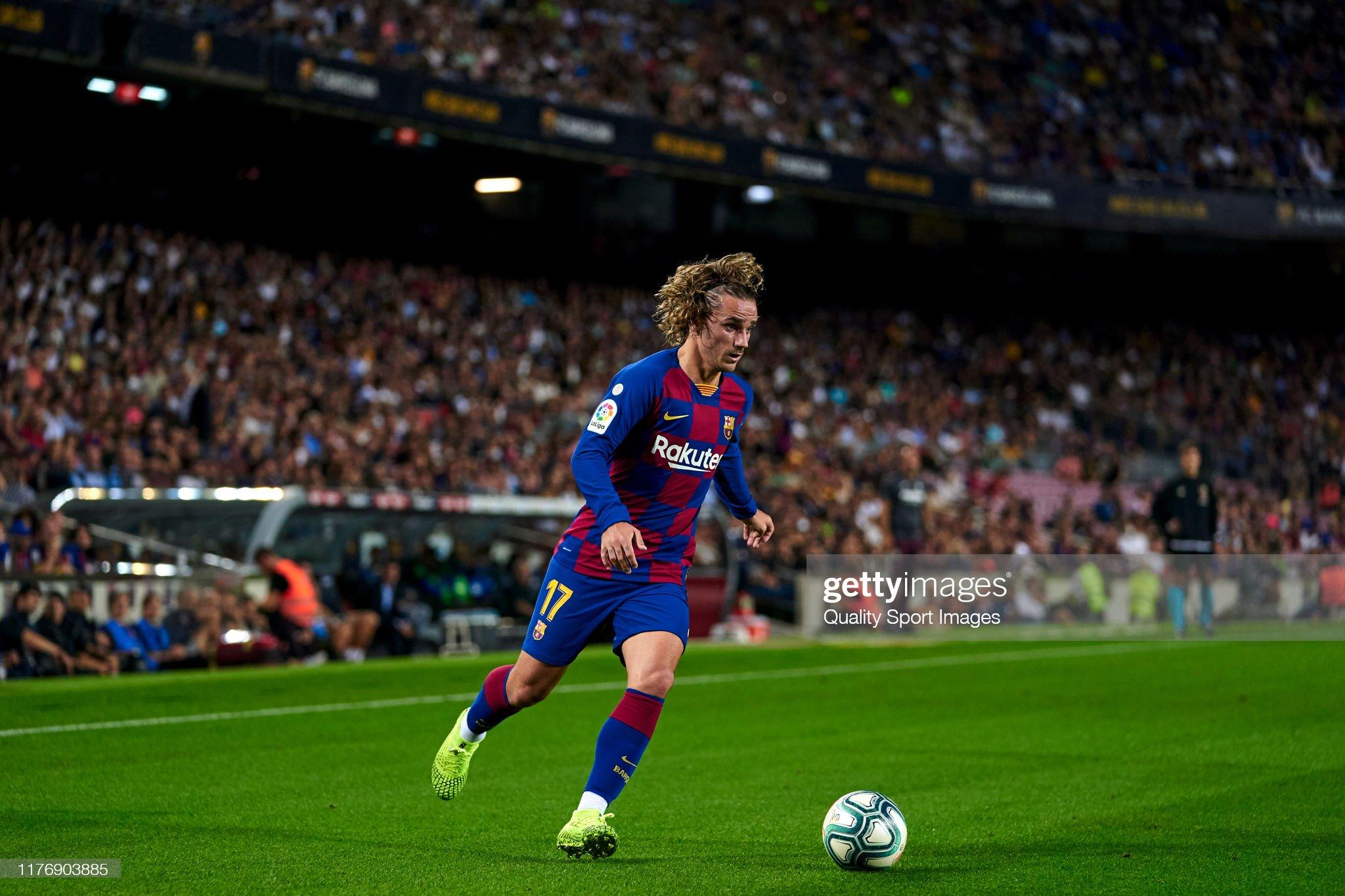 صور مباراة : برشلونة - فياريال 2-1 ( 24-09-2019 )  Antoine-griezmann-of-fc-barcelona-with-the-ball-during-the-liga-match-picture-id1176903885?s=2048x2048