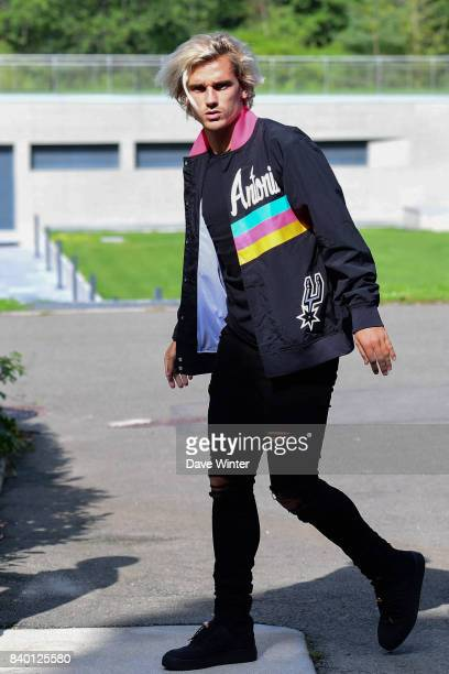 Antoine Griezmann of France arrives at Centre National du Football on August 28 2017 in Clairefontaine en Yvelines France