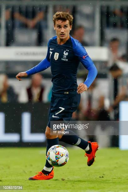 Antoine Griezmann of France controls the ball during the UEFA Nations League group A match between Germany and France at Allianz Arena on September 6...
