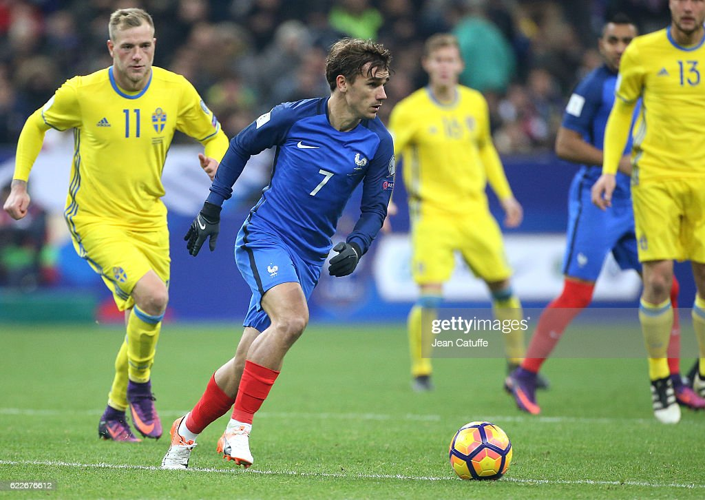 France v Sweden - FIFA 2018 World Cup Qualifier : News Photo