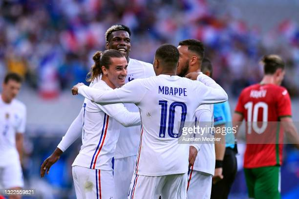 Antoine Griezmann of France is congratulated by Kylian Mbappe after scoring during the international friendly match between France and Bulgaria at...