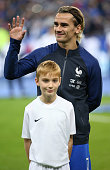 paris france antoine griezmann france looks
