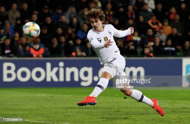 Antoine Griezmann of France score a goal during the 2020 UEFA European Championships Group H qualifying match between Moldova and France at Zimbru...