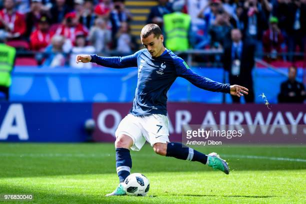 Antoine Griezmann of France scores a penalty during the 2018 FIFA World Cup Russia group C match between France and Australia at Kazan Arena on June...