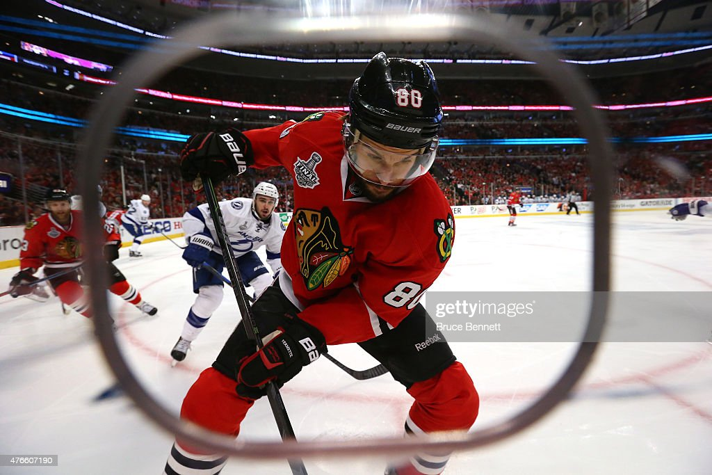 Antoine Vermette #80 of the Chicago Blackhawks handles the puck in the first period against the Tampa Bay Lightning during Game Four of the 2015 NHL Stanley Cup Final at the United Center on June 10, 2015 in Chicago, Illinois.