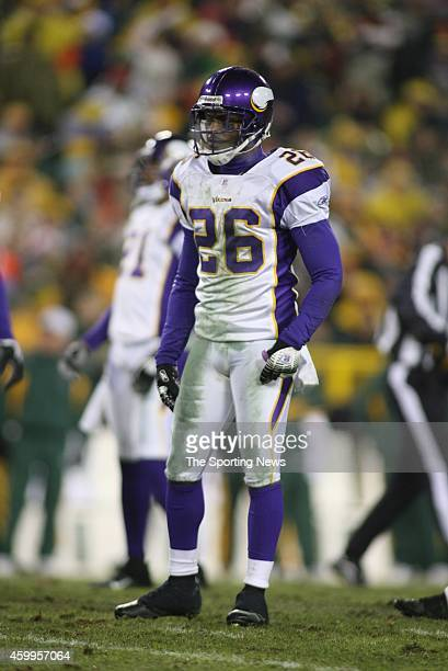 Antoine Winfield of the Minnesota Vikings standing on the field during a game against the Green Bay Packers on December 21 2006 at Lambeau Field in...