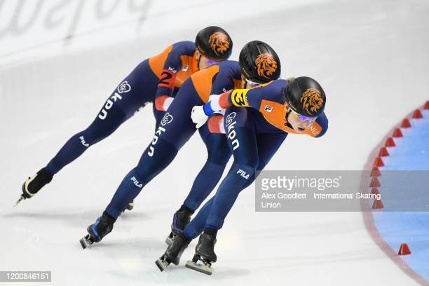Antoinette De Jong of the Netherlands leads in the ladies team pursuit during the ISU World Single Distances Speed Skating Championships on February...