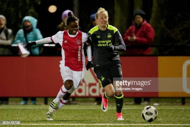 Antoinette Payne of Ajax Women Kim Mourmans of PSV Women during the Dutch Eredivisie Women match between Ajax v PSV at the De Toekomst on February 23...