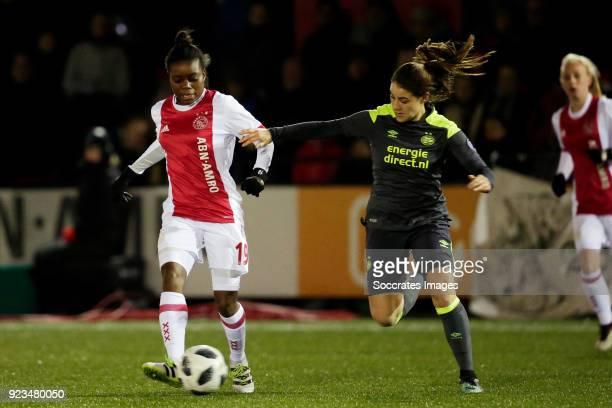 Antoinette Payne of Ajax Women Samantha Lynn Witteman of PSV Women during the Dutch Eredivisie Women match between Ajax v PSV at the De Toekomst on...