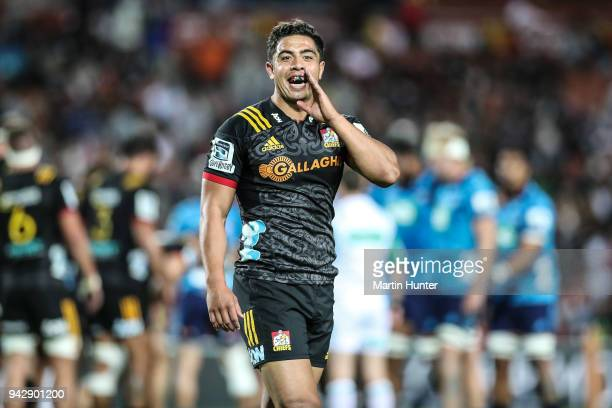 Anton LienertBrown of the Chiefs talks to team mates during the round eight Super Rugby match between the Chiefs and the Blues at Waikato Stadium on...