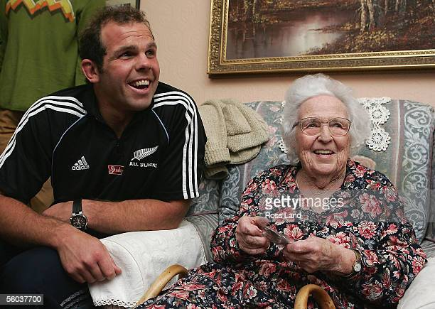 Anton Oliver meets 95yearold Enid Williams during a visit to Enid's home October 31 2005 in Cardiff Wales Enid's father was fullback in the first All...