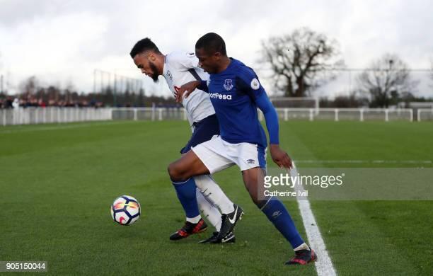 Anton Walkes of Tottenham Hotspur battles with Dennis Adeniran of Everton during the Premier League 2 match between Tottenham Hotspur and Everton on...